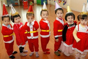 chinese children as santa