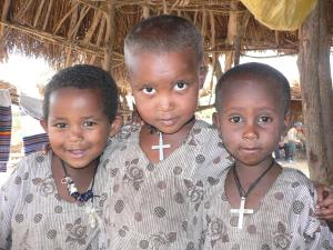 ethiopian children with crosses