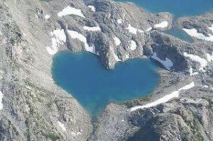 Himalaya Mountain Heart
