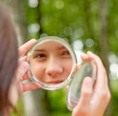 self-reflection-in-mirror