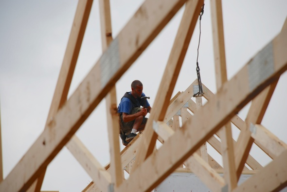 Kyle on roof trusses (1)