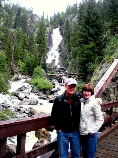 sue & terry at Fish creek falls 2